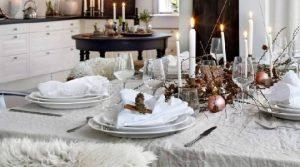 tavola-di-Natale-bianca